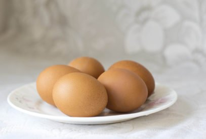 5 eggs on a plate